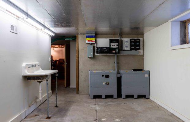 810 S Willson basement