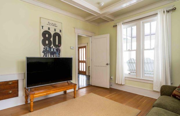 810 S Willson downstairs office