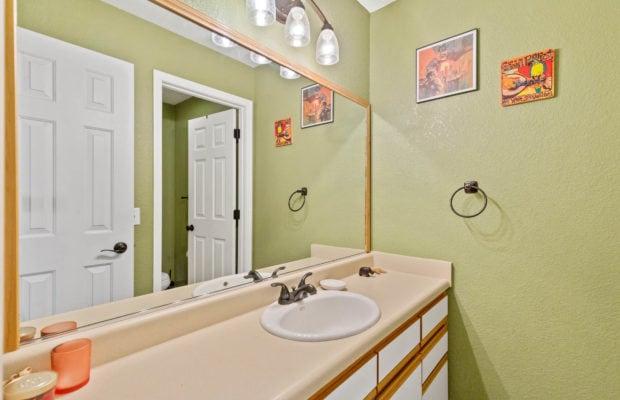 3012 W Villard, full bathroom off of hallway