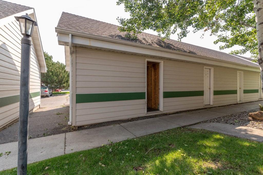 3012 W Villard, exterior shot showing pedestrian entrance to detached garage