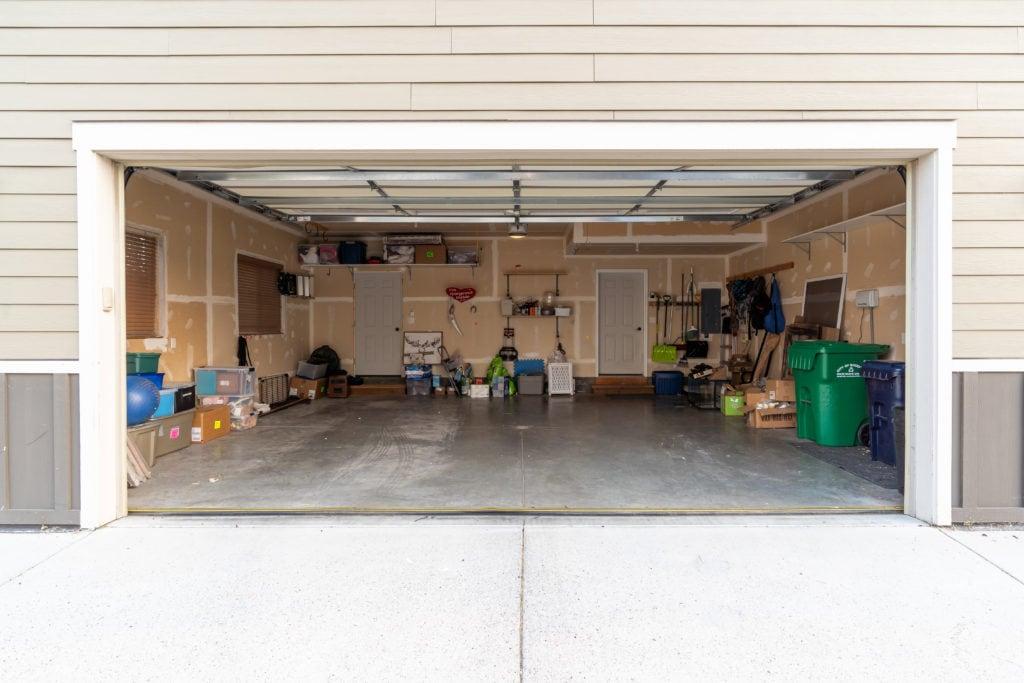 2397 Lasso Avenue garage