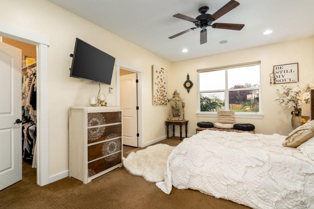 2397 Lasso Avenue master bedroom