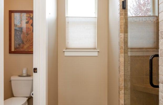 2397 Lasso Avenue master bathroom
