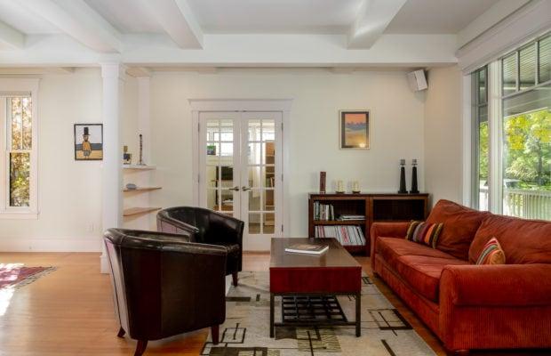 810 S Willson main living area