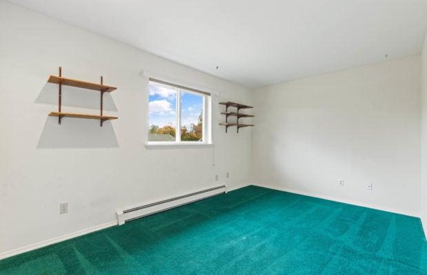 111 S Yellowstone Avenue bedroom 2