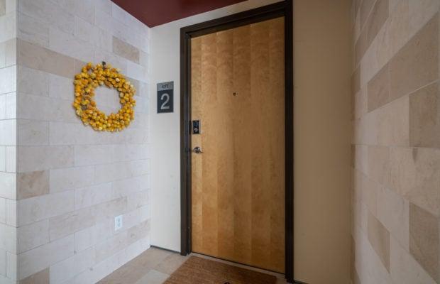 626 E Cottonwood, Loft 2, door to unit from hallway