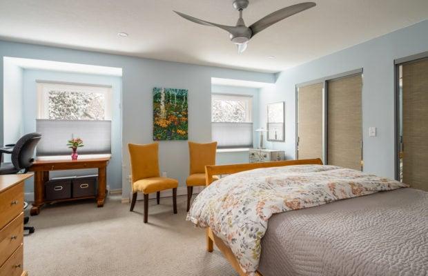 12 E Garfield, Unit D3, bedroom 2