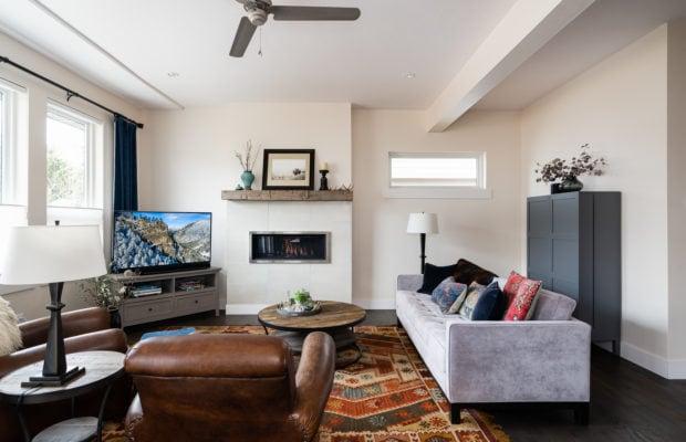 2440 Atsina Lane main living area from dining room