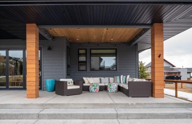 2440 Atsina Lane elevated concrete back patio