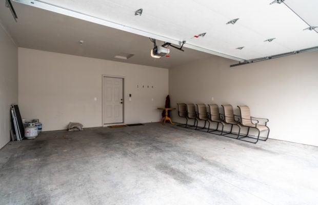 4275 Palisade Drive garage interior