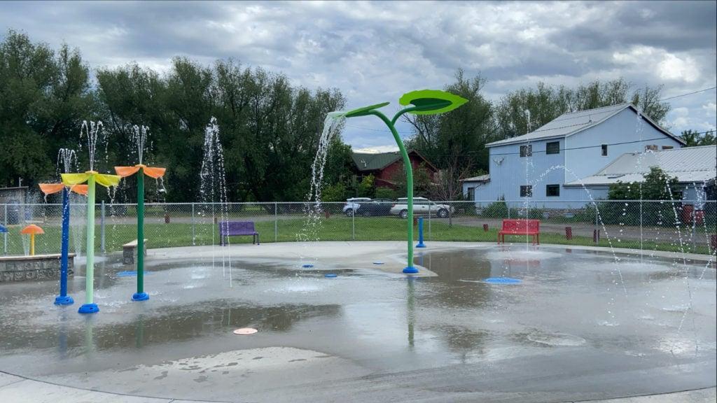 splash park in livingston