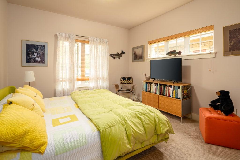 3542 Lolo Way, bedroom